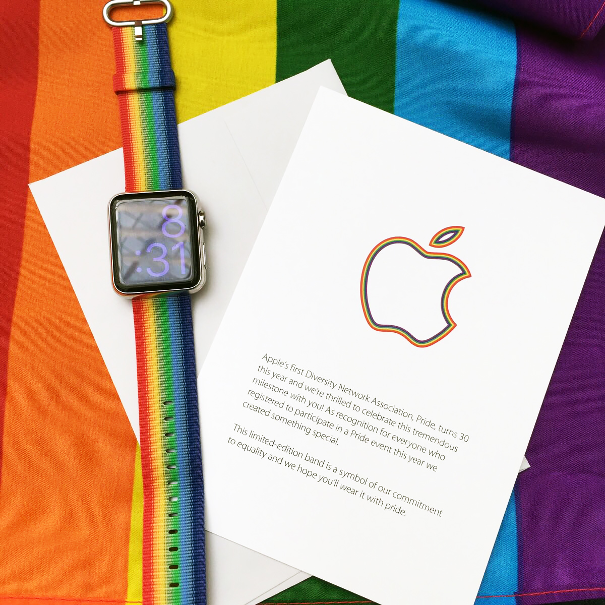 Das limitierte Apple Watch Armband in der Pride Edition