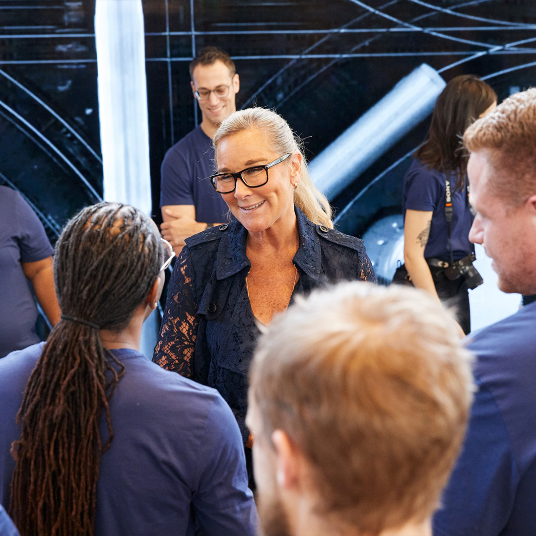 "Angela Ahrendts: ""Meet the Woman who wants to change the way you buy your iPhone"""